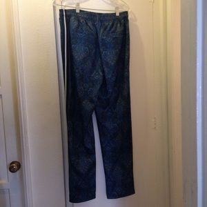 Urban outfitters sweatpants size M